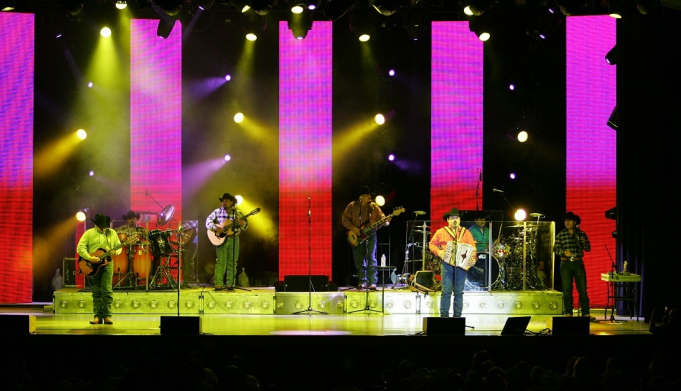 Intocable at The Plaza Theatre Performing Arts Center