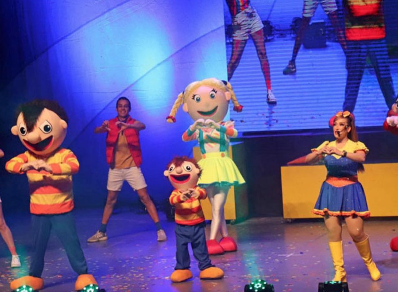 El Show en Vivo de Bely y Beto at The Plaza Theatre Performing Arts Center